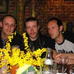 Claus Drexler, Fabrice Cognot i Matt Easton; jakoś ciężko uwierzyć, że pili tylko wodę gazowaną