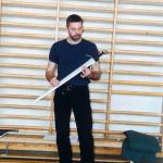 Peter Johnson opowiada o swoich mieczach